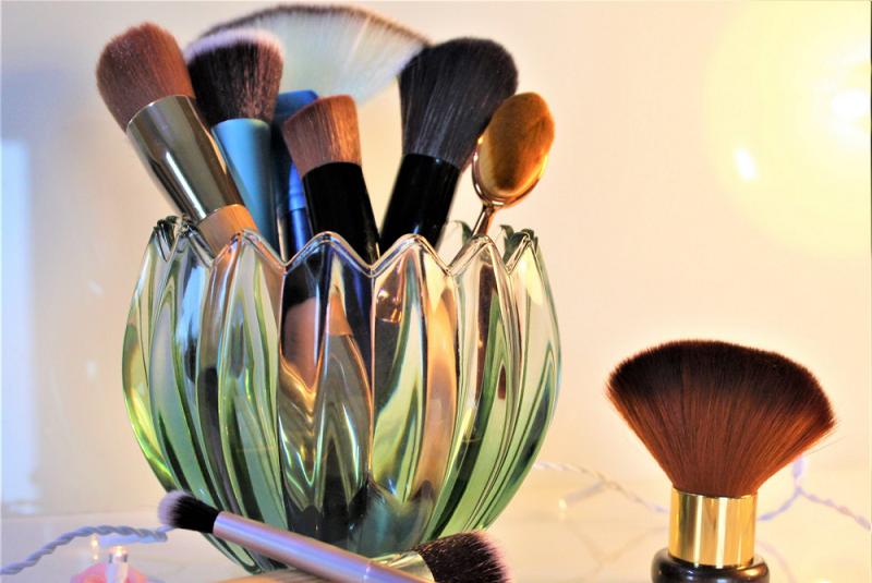 makeup category 5